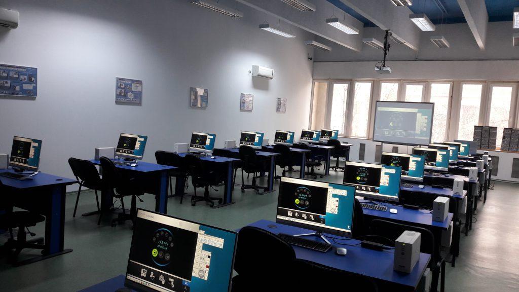 Smart Factory / Connect Plan - Monitorizarea în timp real a mașinilor CNC